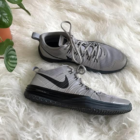 b5c9bea94 Nike Lunar TR1 Silver and black trainer shoes. M 5c619dbd6197451f8cdf86fa